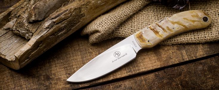 Arno Bernard - 2015 Featured Knife
